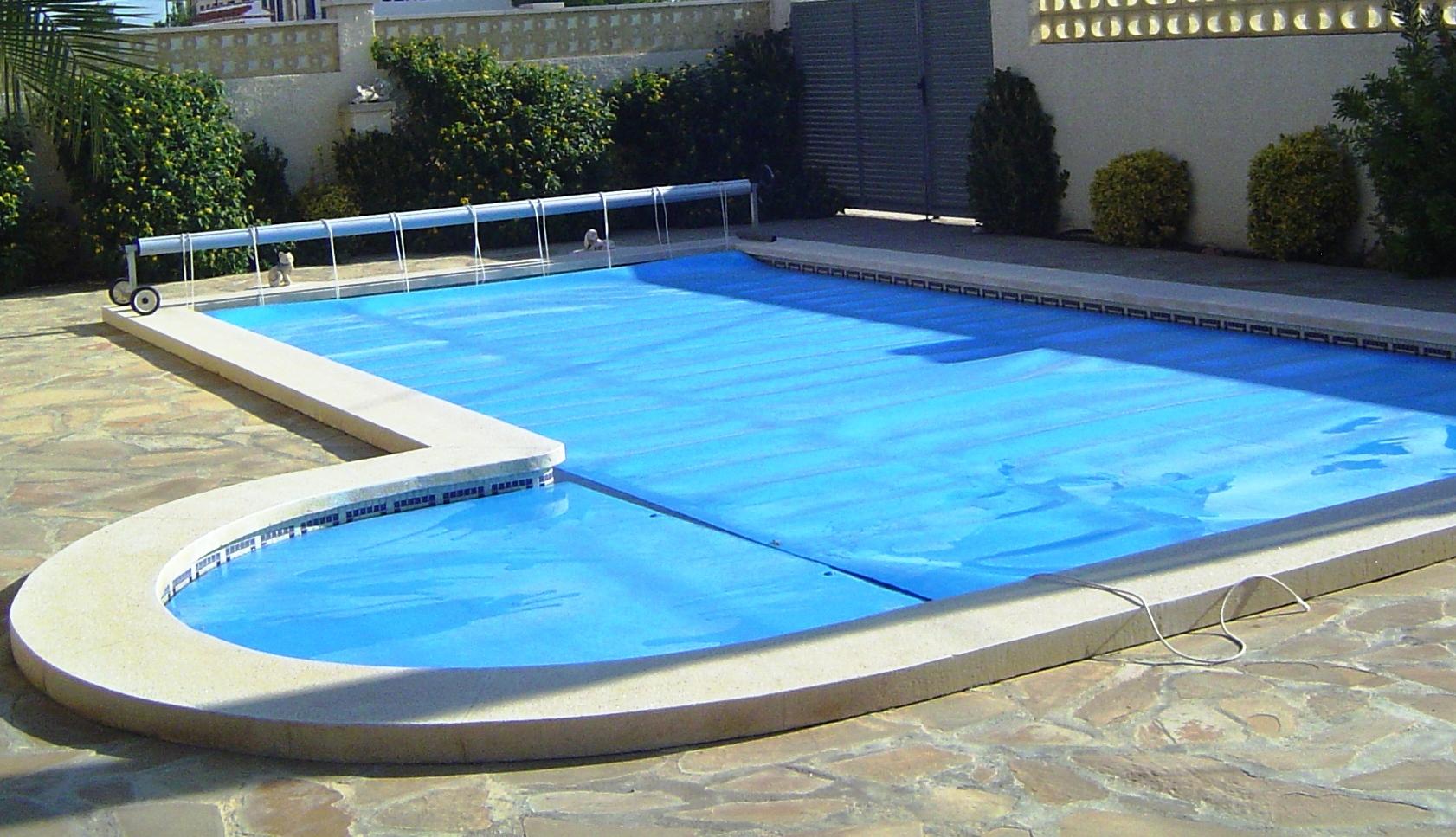 cubiertas de verano de burbujas en aiguanet piscinas en