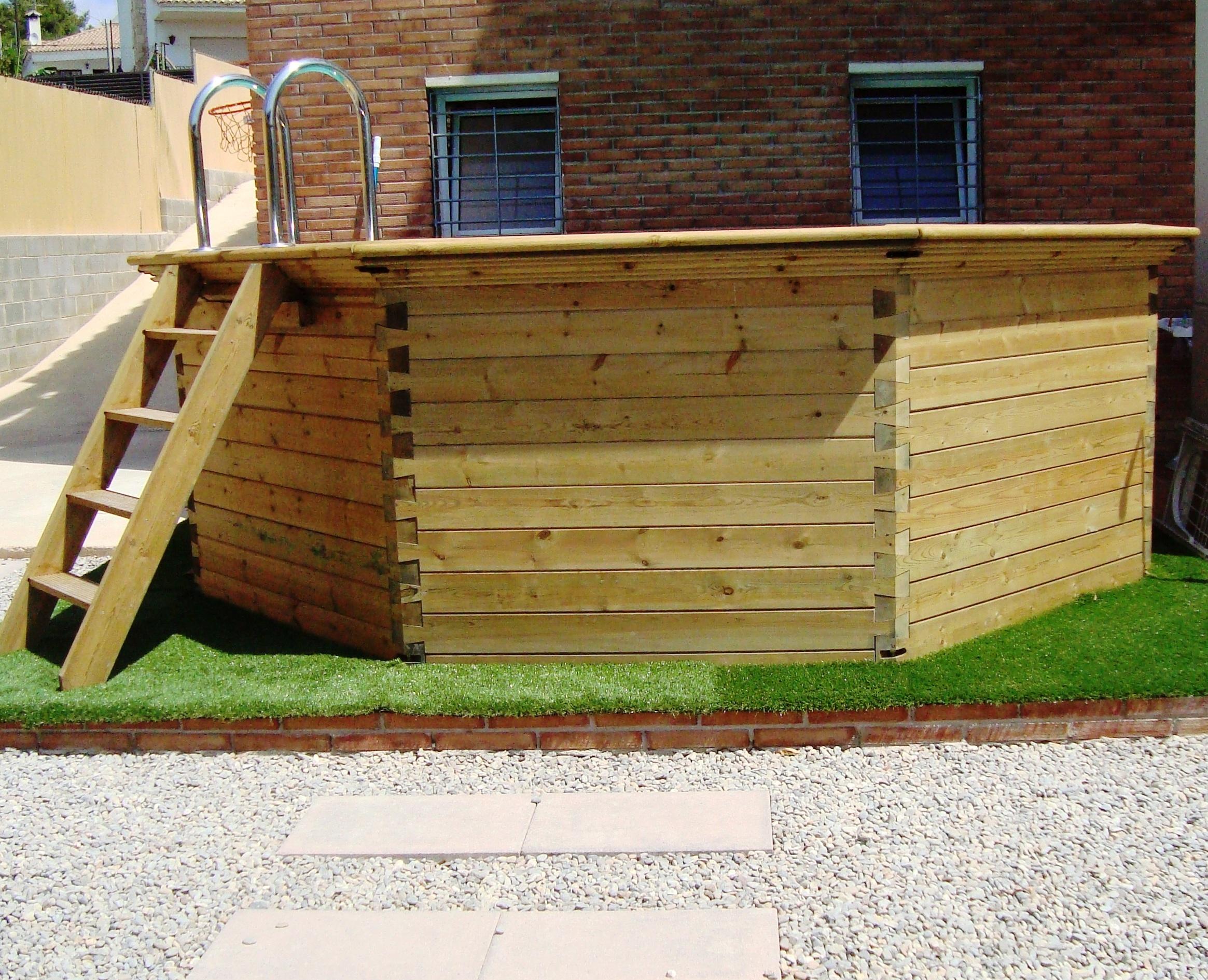 Piscinas de madera en tarragona piscinas con elegancia for Camping con piscina climatizada en tarragona